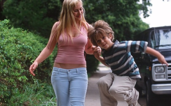 Coltrane-and-Arquette-in-Boyhood