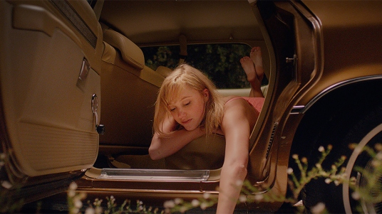 it-follows-cannes-2014-4