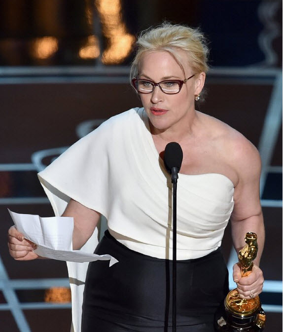 Patricia Arquette wins Best Supporting Actress