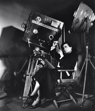 merrily-we-go-to-hell-1932-001-00m-uvl-dorothy-arzner